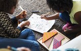 African children having a good time drawing - 178081124