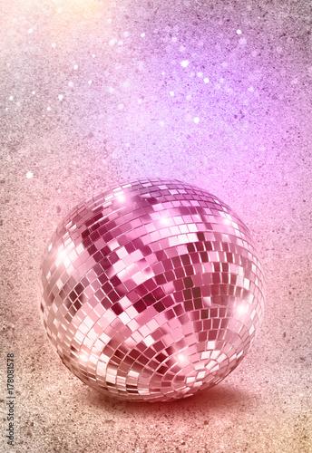 Silver disco mirror ball vintage colors - 178081578