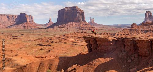 In de dag Oranje eclat John Ford Point at Monument Valley Navajo Park in Utah-Arizona Border