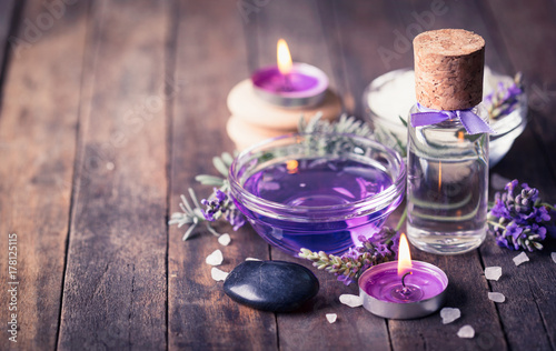 Spa set with lavender aromatherapy oil - 178125115