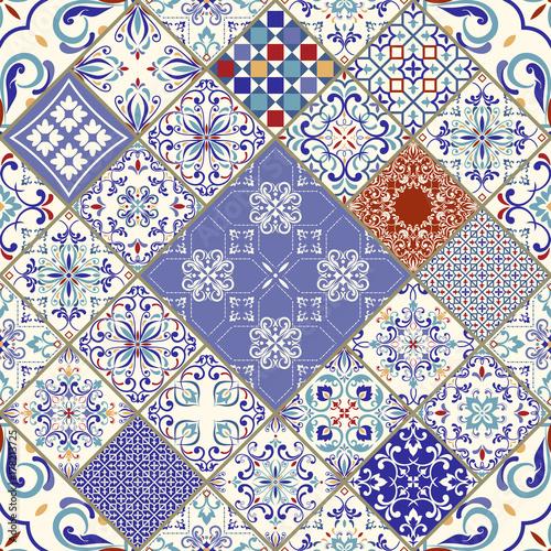 wektorowa-bezszwowa-tekstura-piekny-mega-patchwork-wzor-do-projektowania-i-mody-z-elementami-dekoracyjnymi-portugalskie-kafelki-azulejo-talavera-marokanskie-ozdoby-w-kolorach-niebieskim