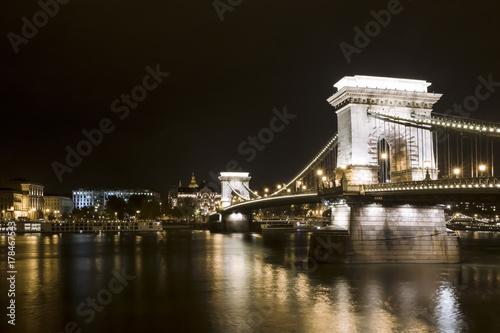 Papiers peints Budapest Chain bridge Budapest