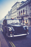 altes taxi in london - 178492963