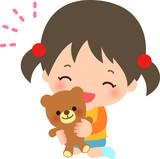 クマのぬいぐるみを抱いた女の子 - 178516356