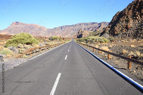 Deurstickers Canarische Eilanden Rural road on Tenerife Island, Canary Islands, Spain