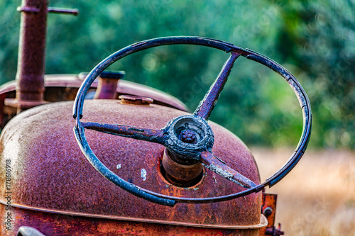 Papiers peints Chypre Close-up of rusted tractor steering wheel