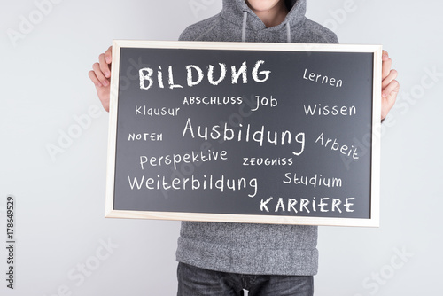 Tafel mit Schule Ausbildung und Studium Poster