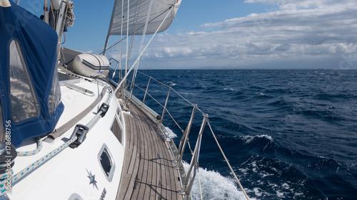 Aluminium Zeilen Segelschiff Steuerbordseite