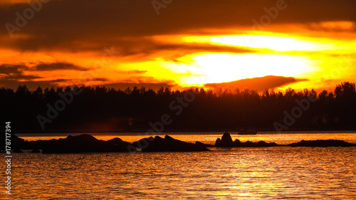 Papiers peints Orange eclat Sonnenaufgang Sonnenuntergang