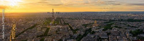 Fotobehang Parijs Skyline of Paris with Eiffel Tower in Paris, France. Panoramic sunset view of Paris