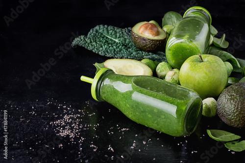 Fotobehang Sap Green Smoothie and Ingredients