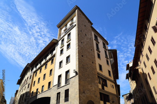 Papiers peints Florence Apartment buildings in Florence, Italy