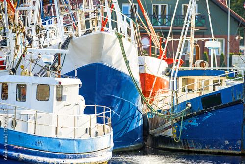 Keuken foto achterwand Schip Fischkutter im Hafen von Stolpmünde, Polen