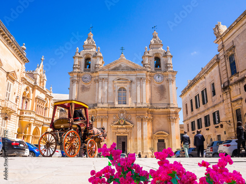 Poster Beautiful famous Saint Poul Cathedral in Mdina village of Malta, Europe