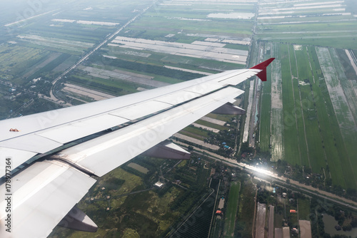 Foto op Canvas Stadion Airplane wing in the sky