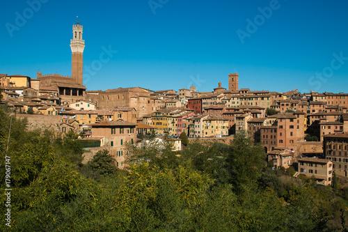 Deurstickers Toscane Veduta panoramica del centro storico di Siena in Toscana, Italia