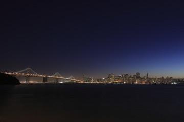 トレジャー島から望むサンフランシスコ港と街並み