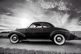 Oldtimer- Klassiker, Cadillac Lasalle Coupe, schwarzweiß