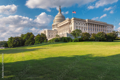 Poster Washington DC, The United States Capitol on Capitol Hill is the home of the United States Congress and located in Washington D