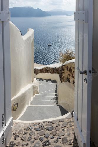 canvas print picture Blick durch die Tür auf das Mittelmeer