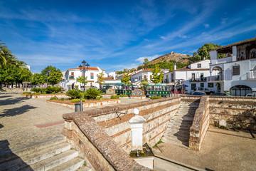 Miasto Aracena w prowincji Huelva w Hiszpanii