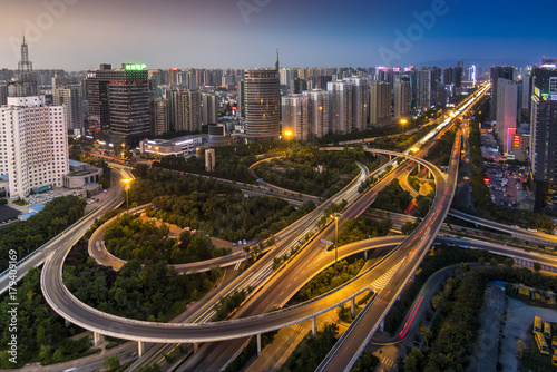 Fotobehang Nacht snelweg Weiyang Flyover
