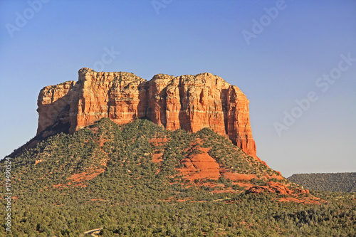 Fotobehang Arizona The Red rock formation of Courthouse Butte in Red Rock State Park along Oak Creek Canyon, a riparian habitat in Verde Valley, within Yavapai county, Sedona, Arizona, USA including Coconino National Fo