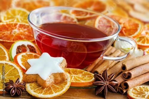Winterzeit - Getränk und Gewürze - 179526709