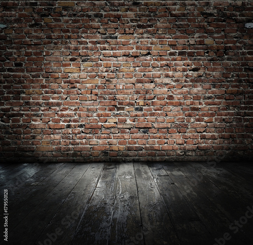 Poster Industrial geb. old room with brick wall