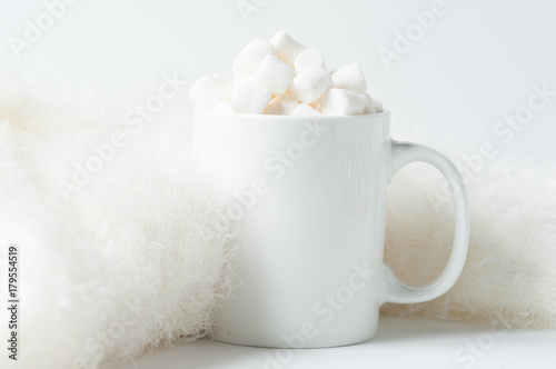 Foto op Canvas Chocolade mug of hot chocolate with marshmallows