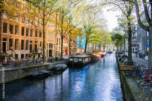 In de dag Amsterdam Amsterdam Canal