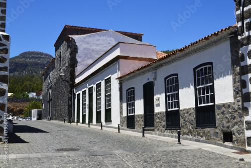 Foto op Plexiglas Canarische Eilanden Beautiful street in Vilaflor mountain village in Tenerife,Canary Islands,Spain.Travel or tourism concept.