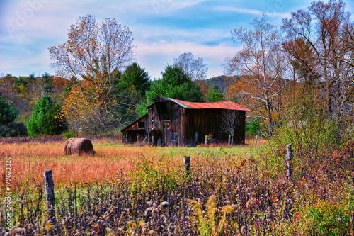 Fotobehang Diepbruine The Old Barn