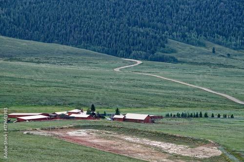 Papiers peints Bleu nuit Colorado Farm