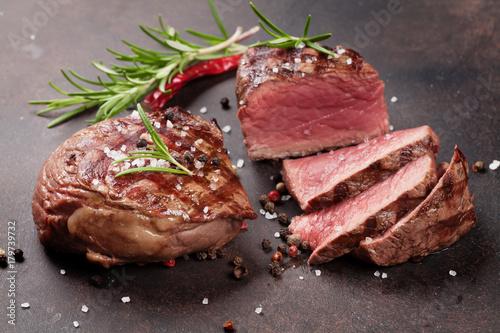 Foto op Plexiglas Steakhouse Grilled fillet steak