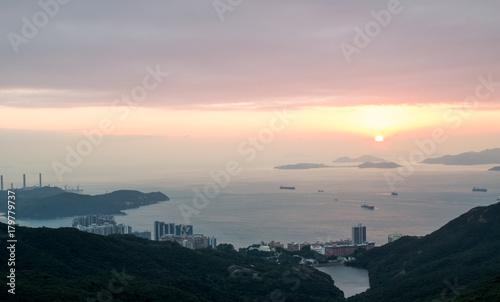 Foto op Plexiglas Ochtendgloren Sunset view of South China Sea : View from Hong Kong Island