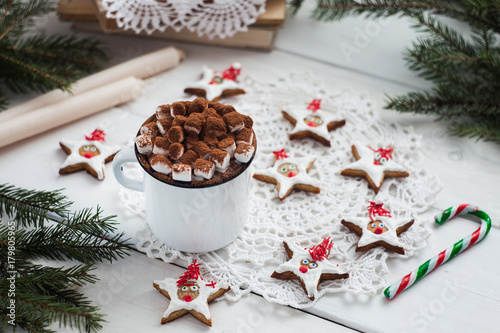 Foto op Canvas Chocolade A cup with marshmallow. Cozy winter home background