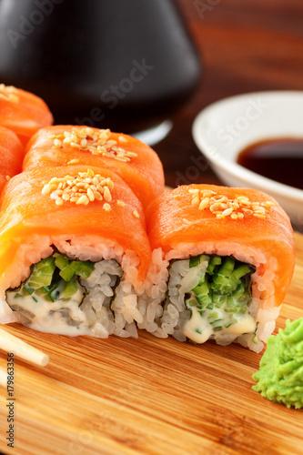 Papiers peints Sushi bar Japanese sushi rolls