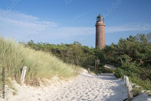 Fotobehang Vuurtoren Leuchtturm Darßer Ort