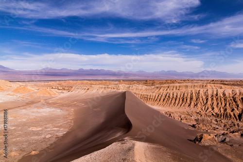 Fotobehang Zalm Sand Dune in Valle de la Luna, Chile