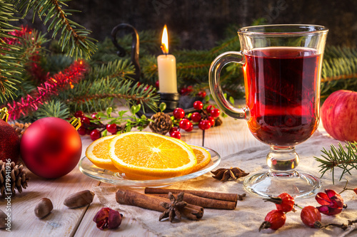 Image with mulled wine. - 179941936