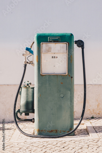 Foto op Plexiglas Route 66 Aged and worn vintage gas oil pump