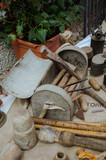 Vecchi attrezzi da idraulico, antichi mestieri - 180021146