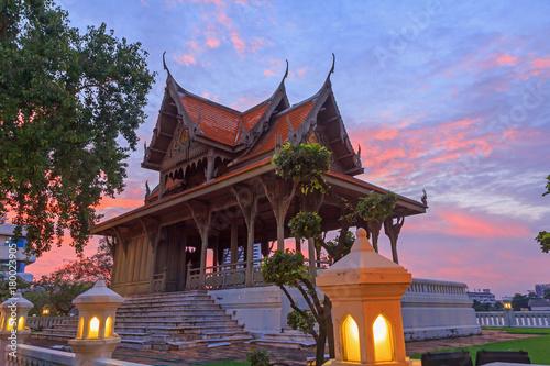 Foto op Plexiglas Bangkok Santichai Prakan Park in sunset time