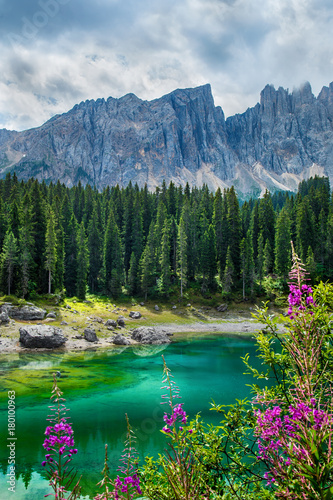 Papiers peints Bleu jean Carezza lake (Lago di Carezza, Karersee) in Dolomites Alps. South Tyrol. Italy