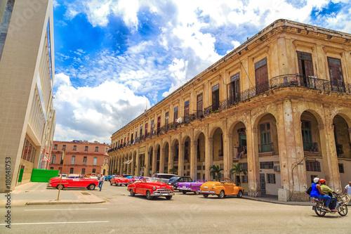Papiers peints La Havane Классические автомобили. Гавана, Куба - Старый Гавана центр города. Архитектура.
