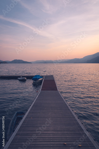 Pontile all'isola d'orta