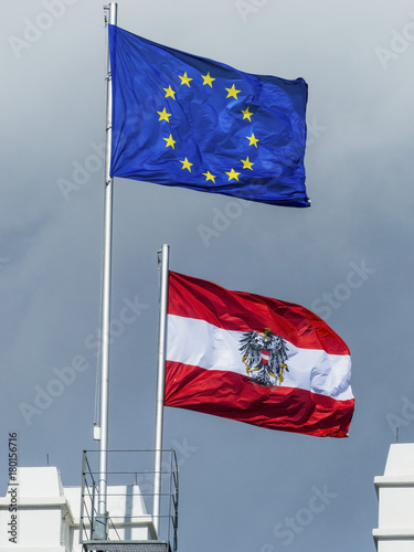 Fotobehang Europa eu flag and austria flag