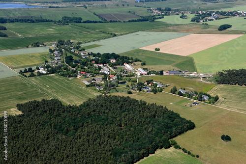 Fotobehang Zwart Klockow in der Friedländer Großen Wiese