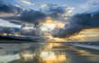 Dramatyczny zachód słońca nad Morzem Bałtyckim